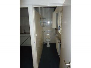 Winkelruimte St. Annastraat 8 Breda toilet